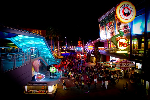 An eclectic collection of themed restaurants, nightclubs, specialty shops and a 20-screen movie theatre, Universal CityWalk is Orlando's hottest spot for entertainment, boasting the biggest names in live music, dining, dancing, movies and more