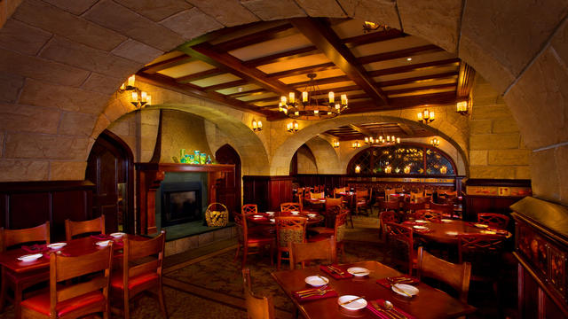 Le Cellier Steakhouse offer an intimate cozy feel and the food will leave you wanting to come back again and again.