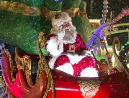 Where to Meet Santa at Disney World 22