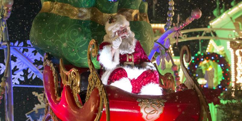 Where to Meet Santa at Disney World 10