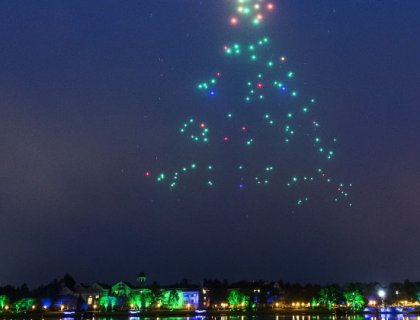 Disney and Intel Light Up the Skies at Disney Springs with Hundreds of Drones 3