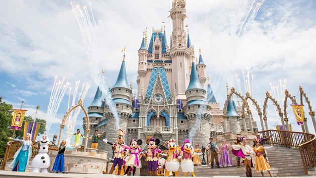 mickeys-royal-friendship-faire