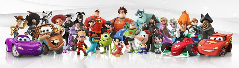 Use your MagicBand to unlock special game elements in Disney Infinity. Copyright Disney.