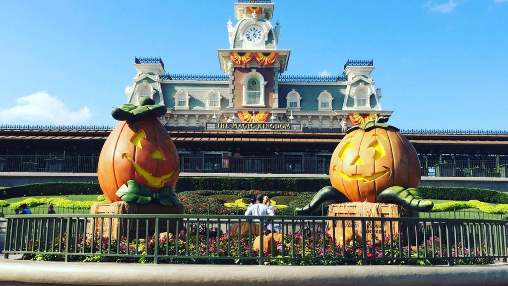 Book the Ultimate Disney Fall Into Magic Package 1
