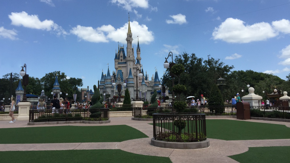 Cinderella Castle at Magic Kingdom, Disney World Discounts
