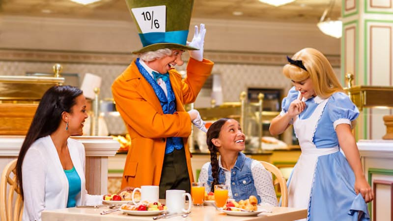Best Character Dining at Disney World 1