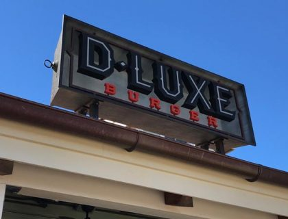 D-Luxe Burger Dining Review 6