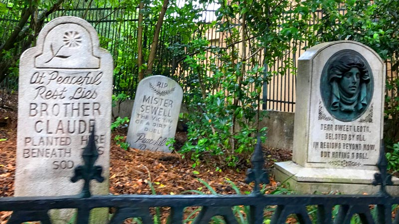 Tombstones before you enter the Haunted Mansion