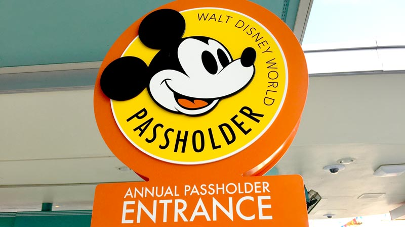 disney annual passholder entrance
