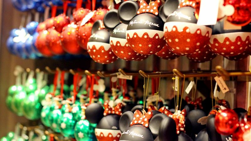 Disney Christmas Decorations.Disney Christmas Decorating Ideas Wdw Vacation Tips