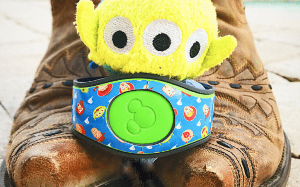 Great Ways To Decorate Your Disney Magicband Wdw Vacation Tips