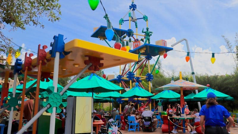 Outdoor Woody's Lunch Box Seating
