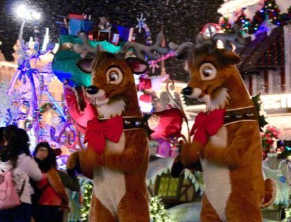 18 New Ways to Celebrate the Holidays at Disney World 9