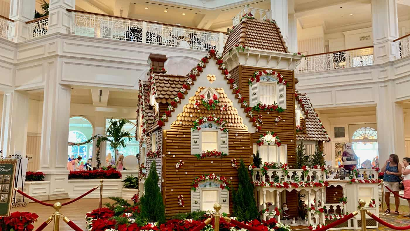 Delicious Gingerbread Displays at Disney World 5
