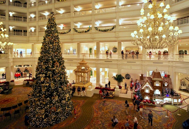 The Best Disney Resorts at Christmas 28
