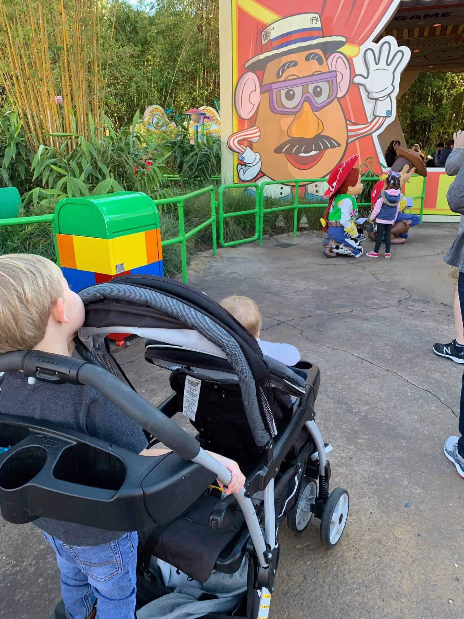 Best Stroller for Disney World • WDW Vacation Tips
