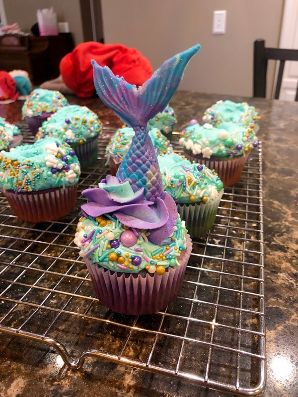 Swim Under the Seas with these Mermaid Tail Cupcakes 32