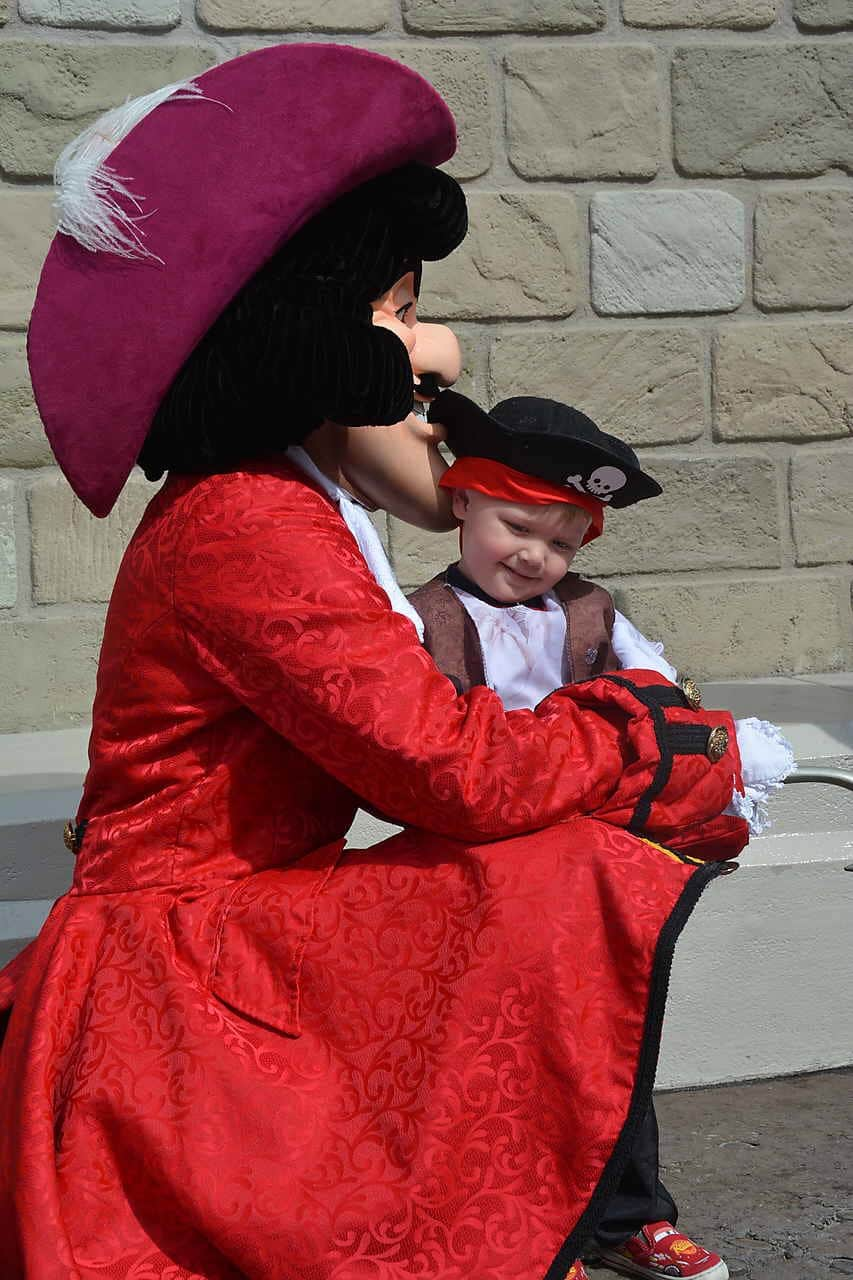 Tips for Toddlers Wearing Costumes at Disney World 13