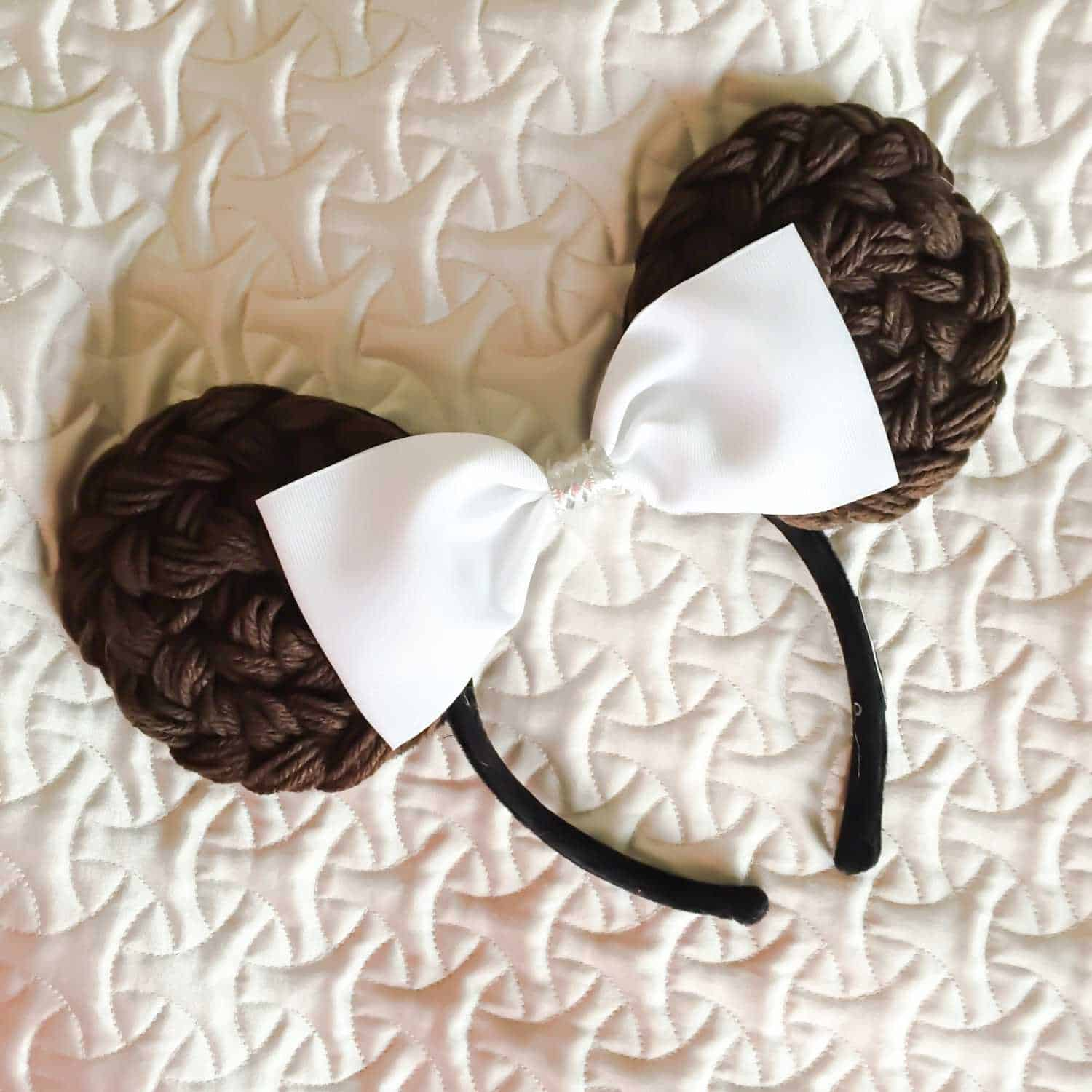 Make Your Own DIY Minnie Ears 19