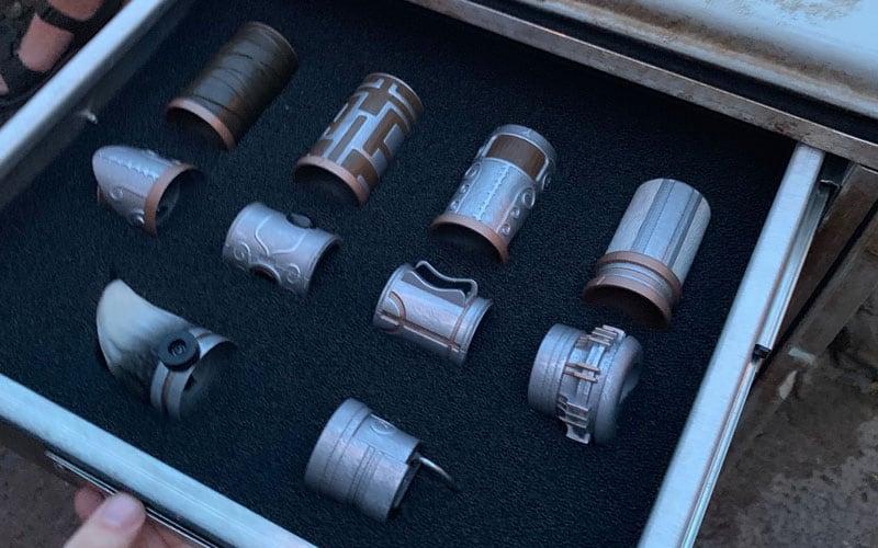 Build a Custom Lightsaber at Savi's Workshop 5