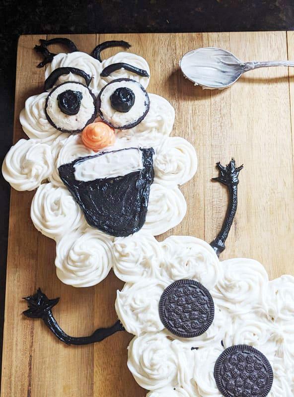 Olaf Pull Apart Cupcake Cake 7