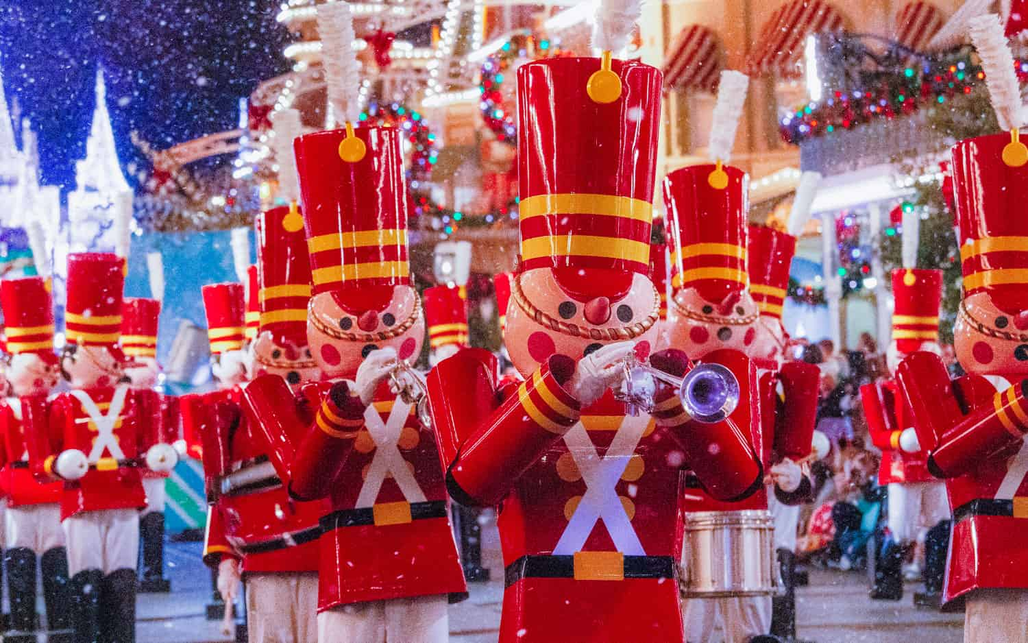 When Does Disney Change From Halloween To Christmas 2020 When Does Disney World Switch from Halloween to Christmas • WDW
