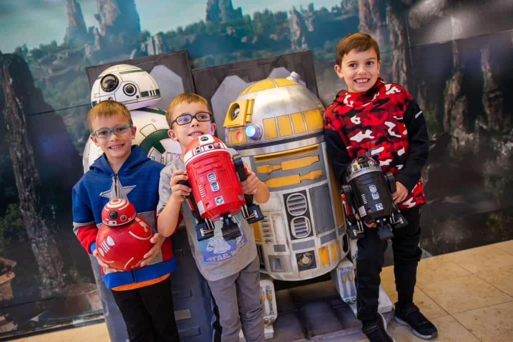 Travelers at Orlando International Airport get to Experience Star Wars: Galaxy's Edge 5