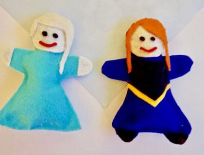 Anna and Elsa No Sew Felt Plushes 2