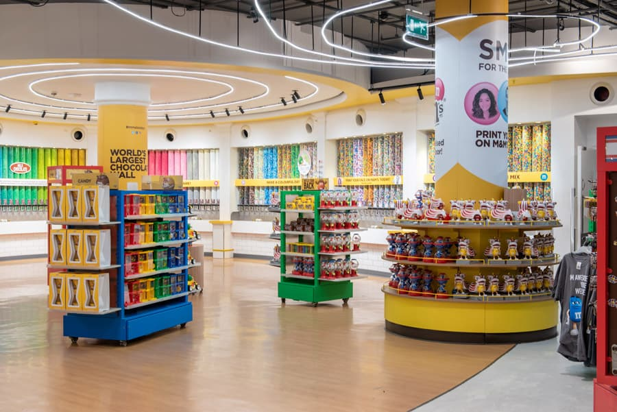 Exclusive Mickey and Minnie M&Ms Coming to Disney Springs 4