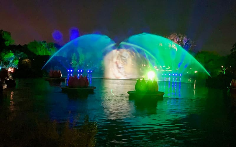 Review of Rivers of Light Dessert Party 49