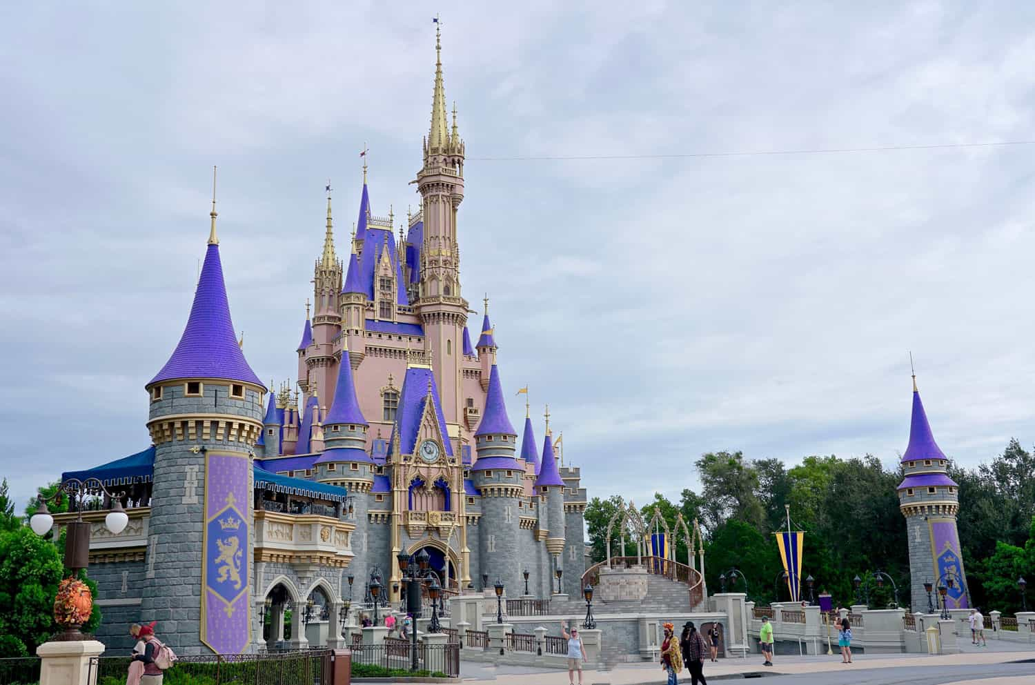A Look at Cinderella's Castle at Disney World Over the Years 5