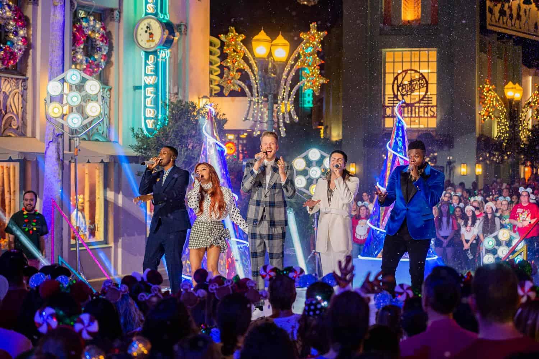 """The Wonderful World of Disney: Magical Holiday Celebration"" Thanksgiving Night 3"