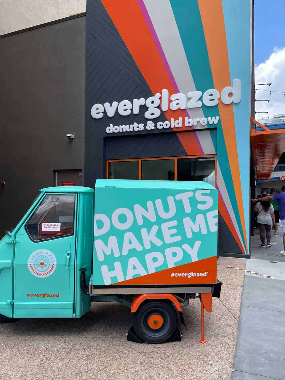 Everglazed Donuts & Cold Brew Review 6